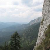 Piatra Singuratică-Egyeskő-Solitary Rock